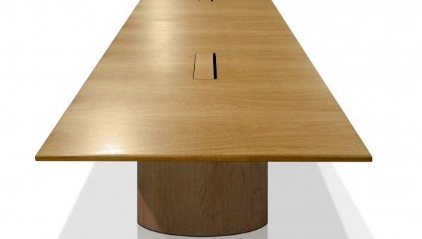 EBORCRAFT'S 9-METRE BOARDROOM TABLE WINS COUNCIL APPROVAL